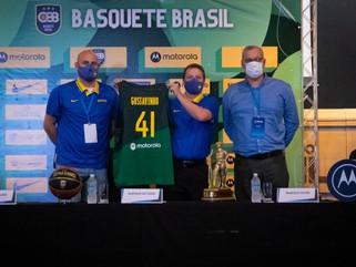 Gustavo De Conti é apresentado como técnico da Seleção Brasileira masculina