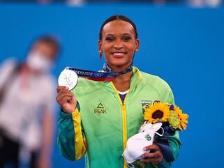 Rebeca Andrade ganha prata, 1ª medalha na ginástica feminina do país