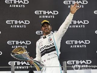 Hamilton supera Beckham e se torna atleta britânico mais bem pago de todos os tempos