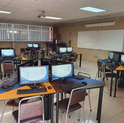 Laboratorio de Cómputo Secundaria y Preparatoria