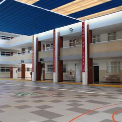 Patio central, Secundaria.