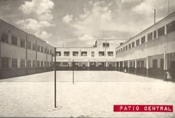 Patio central La Florida 1950