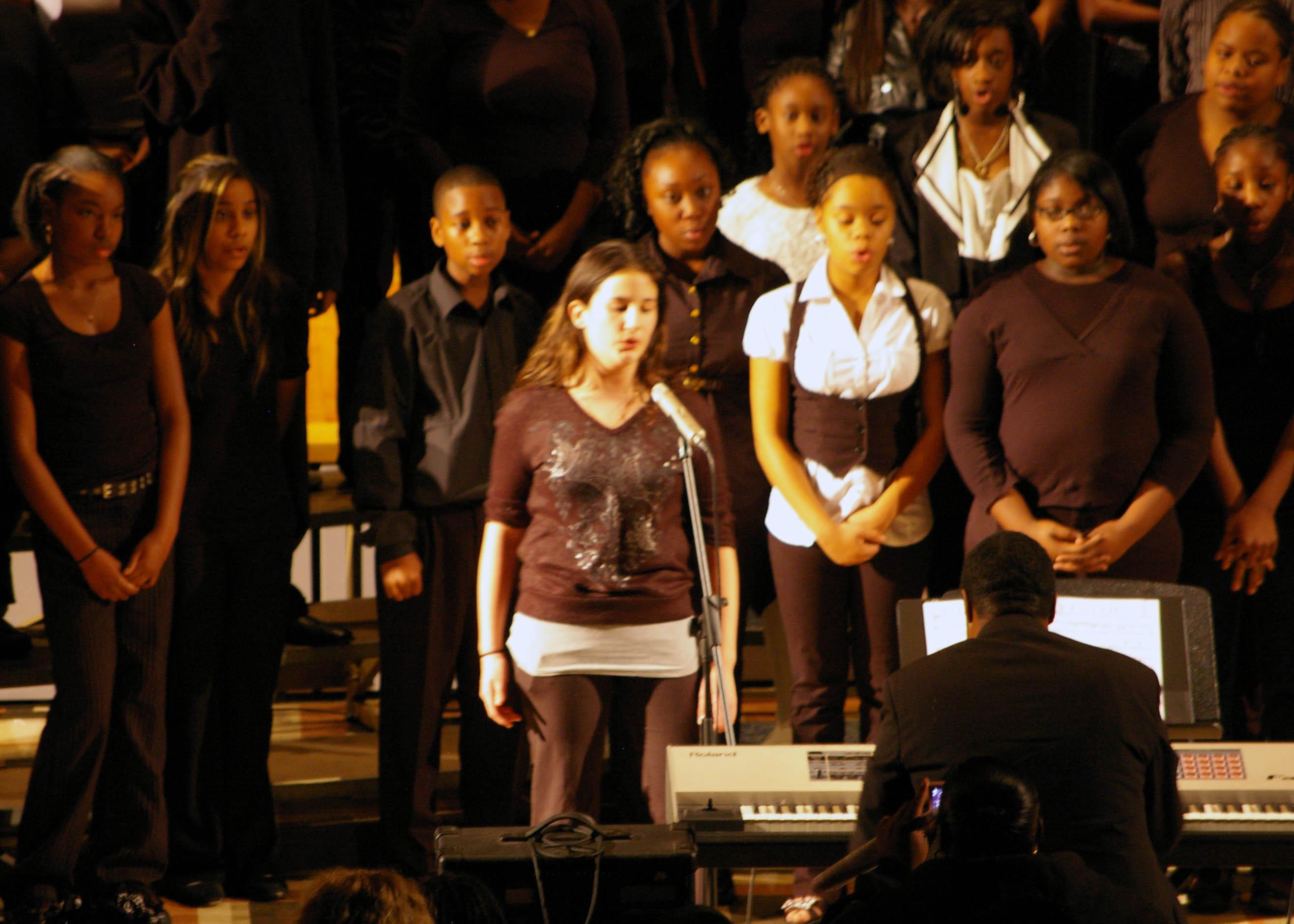 Chorus Soloist1
