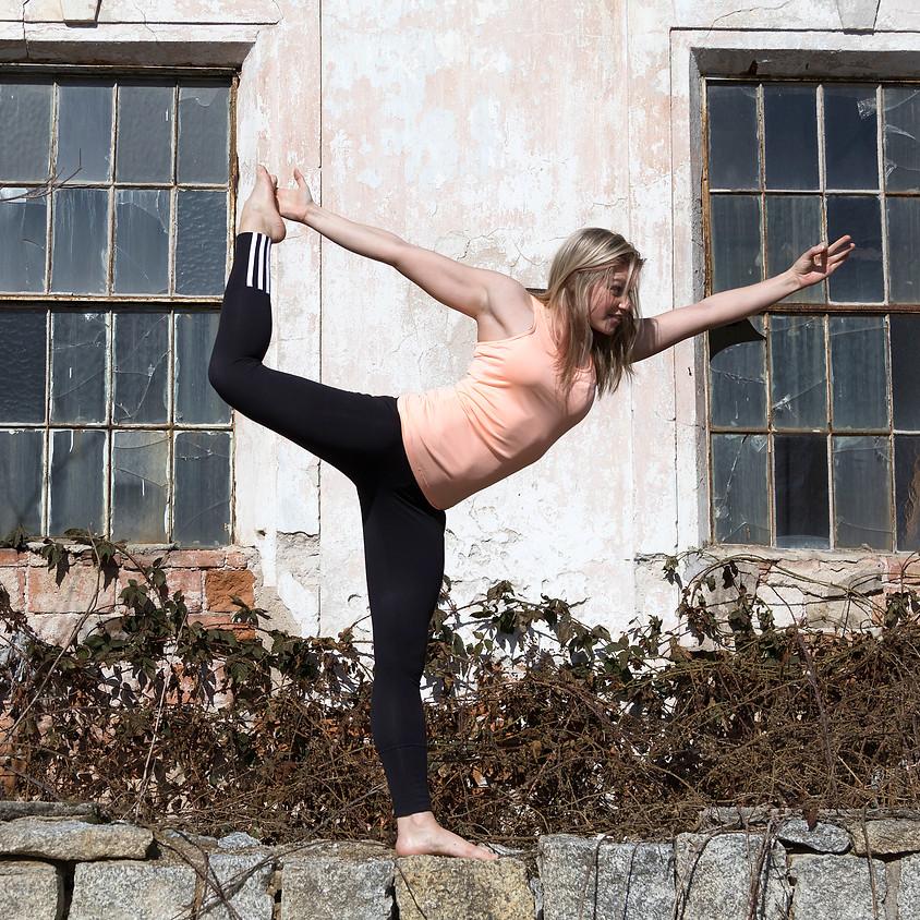 Vinyasa Yoga - LiVE Online Kurs