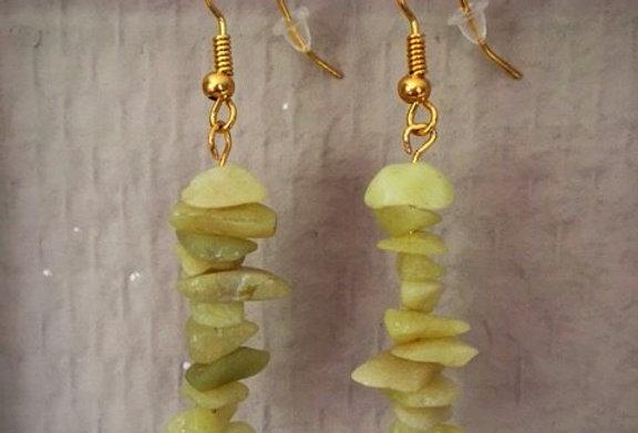 Oorbellen splitsteen gele jade