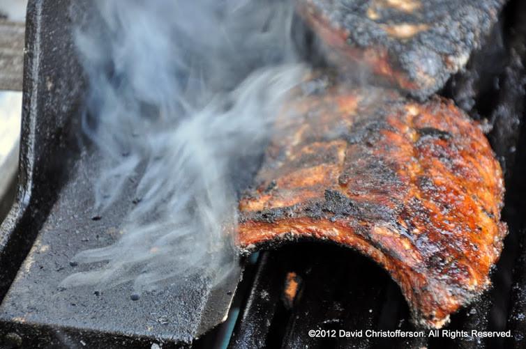 Smokin' ribs
