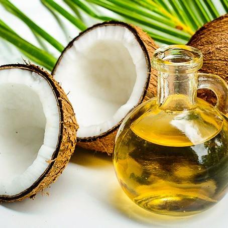 20 Beauty Hacks for Coconut Oil