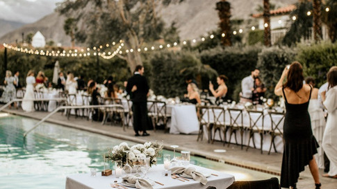 11 Sweetheart Table Ideas You'll Fall Head Over Heels For