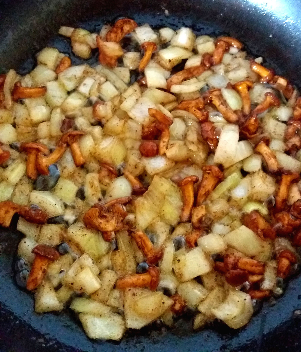 grzyby kurki smażone