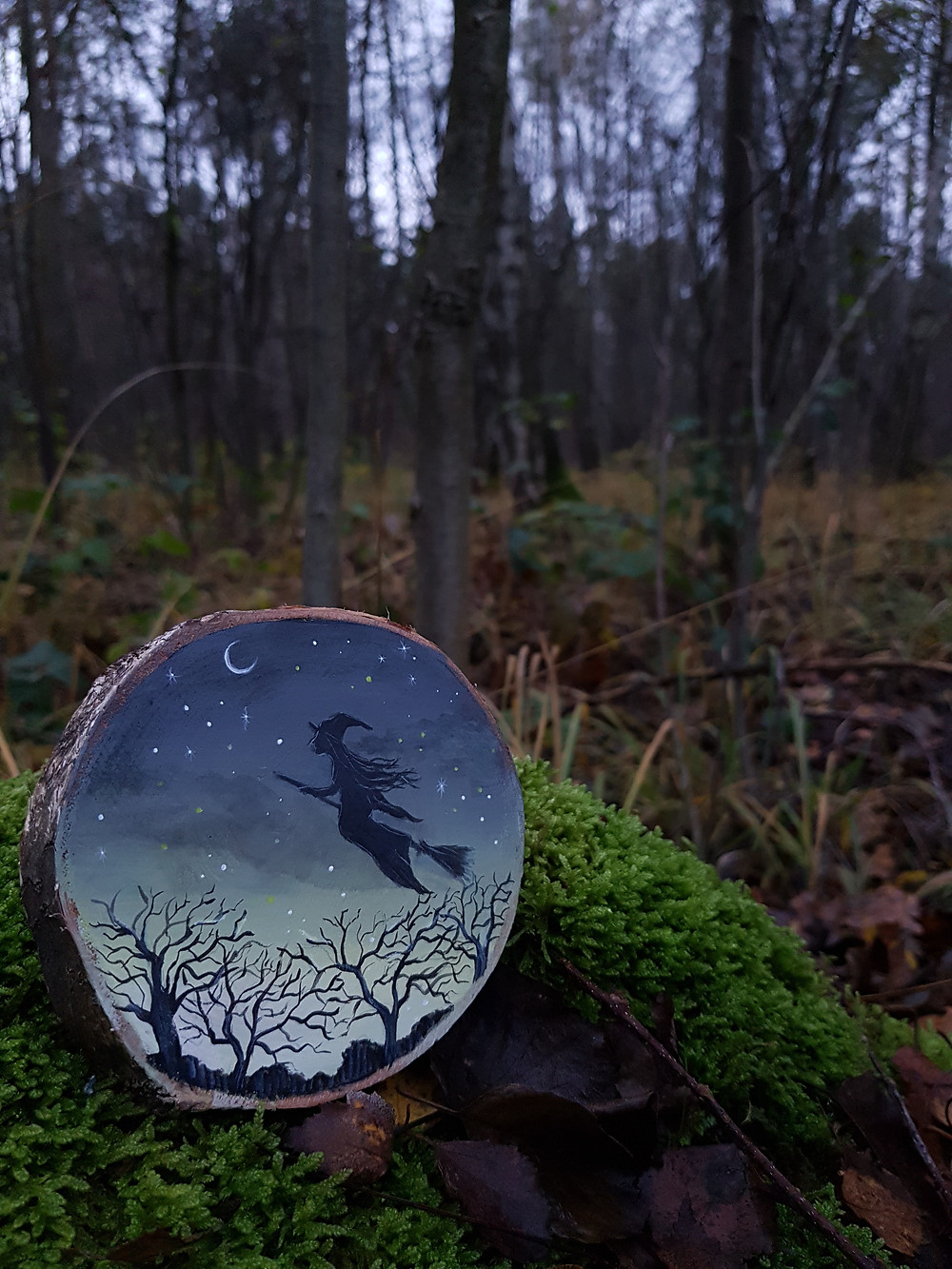 painting on wood witch