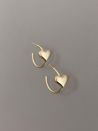 Lilio Heart Earrings Gold