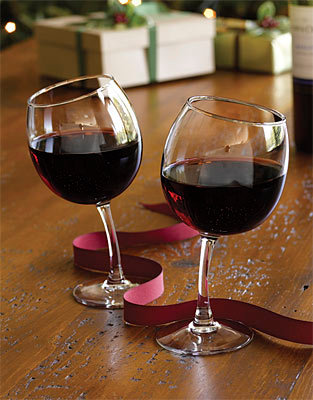 Tipsy Wine Glass - Set of 2