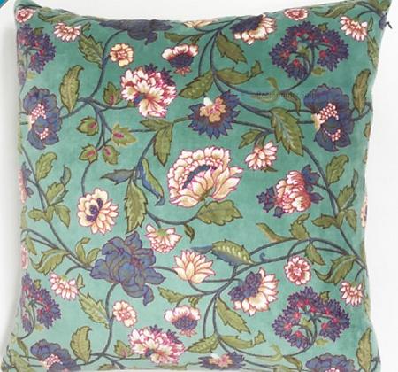 Cushion Aqua Lily