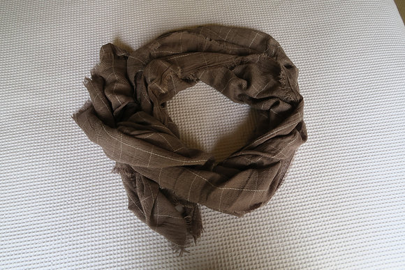 I'm Georgeous - Squares Scarf - Grey - Lightweight
