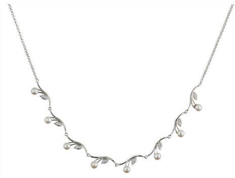 Crystalp Prive Pearl Petals Necklace