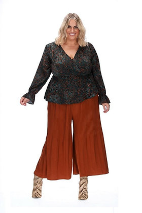 Stella Royal Ensley Pleat Pant Rust