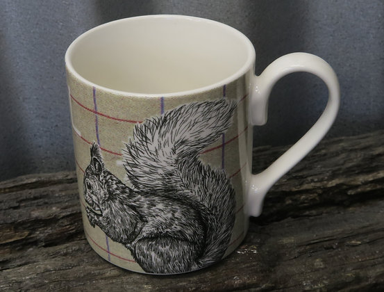 Queens - Country Squirrel Mug