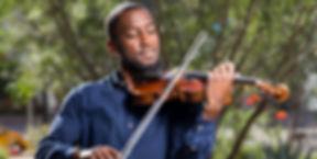 Brandon Summers Violinist (2)