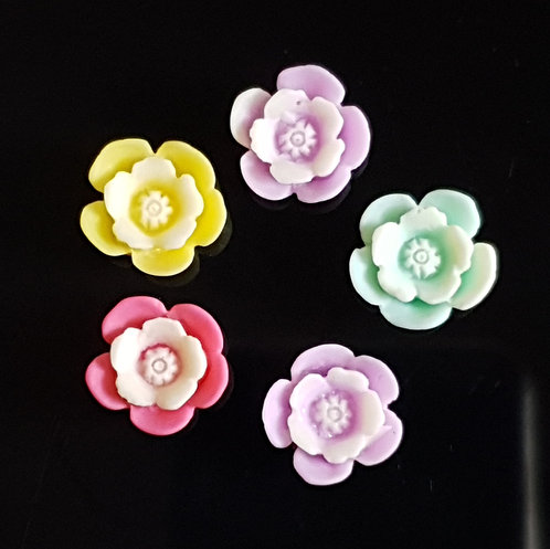 Flowers 24 - 15mm (20pcs)