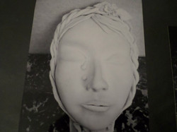 Sculpture argile visage femme