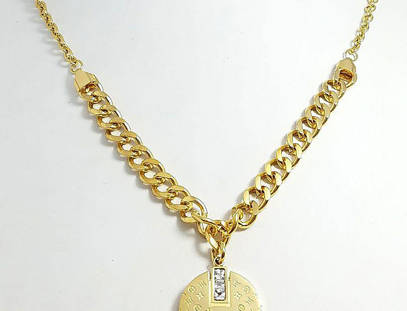 Louis Vuitton Necklace Gold Jewelry Diamond