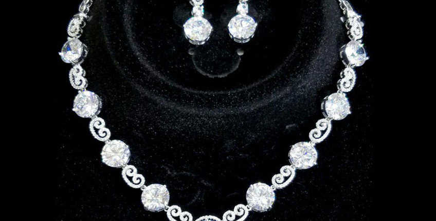 Necklace And Earrings Set Crystals Zirconia Diamonds