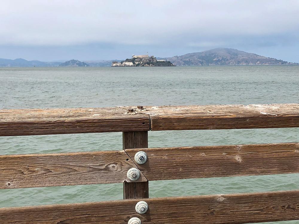Prisión de Alcatraz vista desde el Pier 39