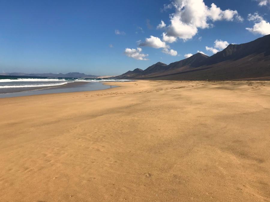 Cadena montañas playa Cofete