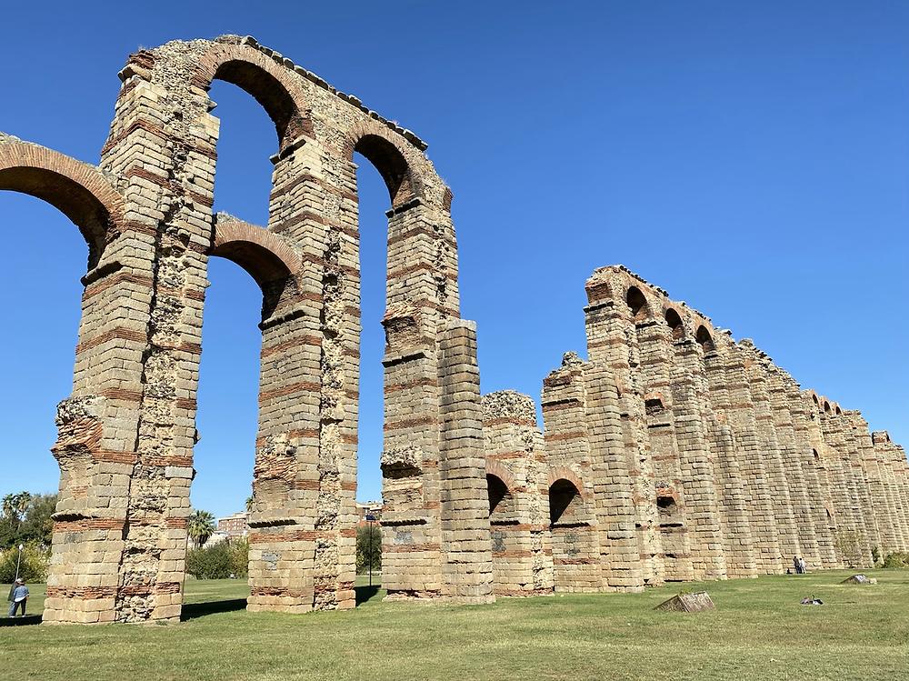 Acueducto de los Milagros de Mérida