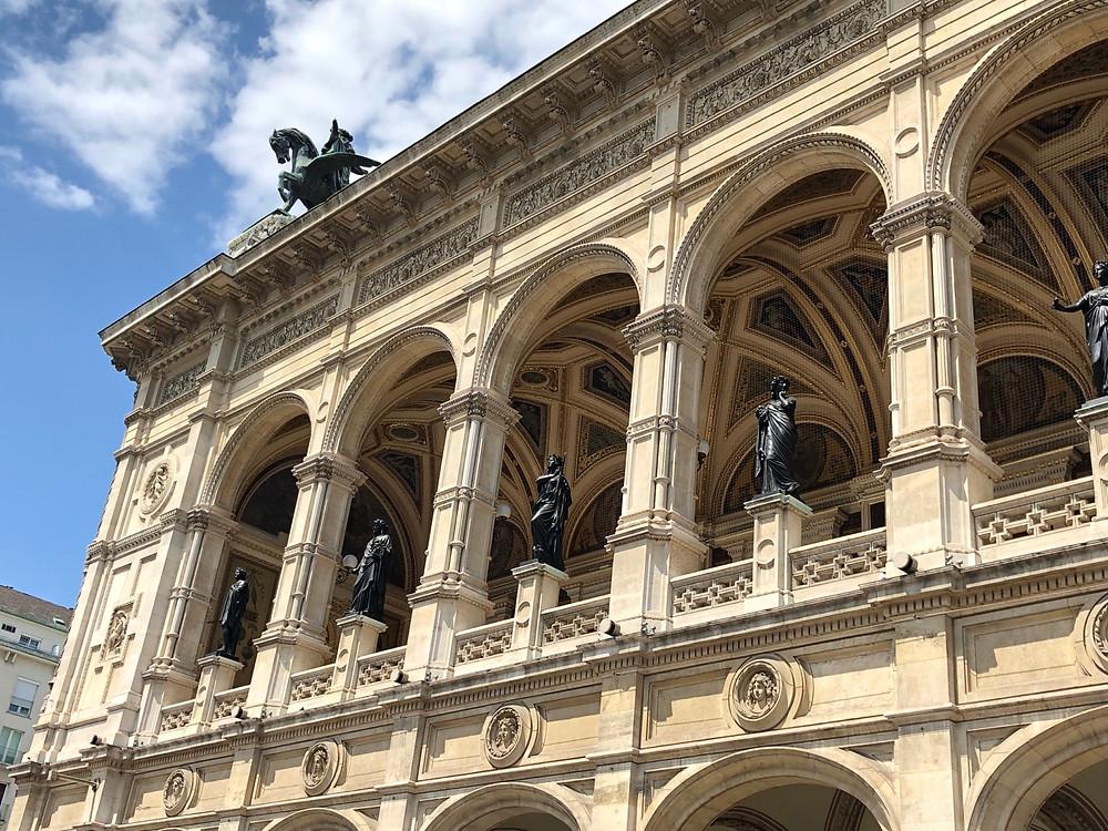 Fachada Opera de Viena