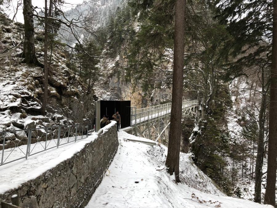 Puente Marienbrucke cerrado invierno