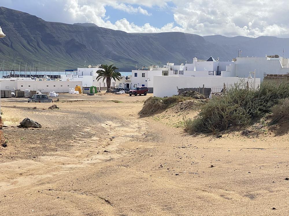 Calles de arena en Caleta del Sebo