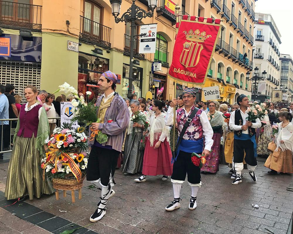 Agrupación de Báguena en la ofrenda floral 2017