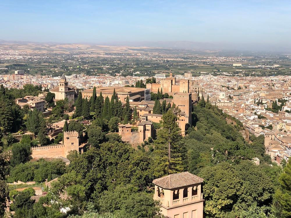 Vista Alhambra de Granada desde Silla del Moro