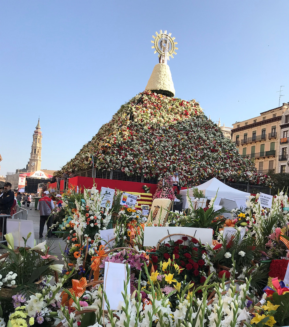 Ofrenda floral a la Virgen del Pilar 2017