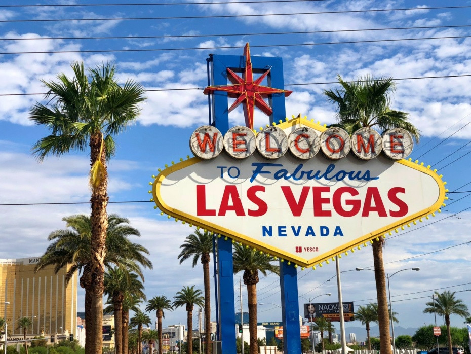 Cartel Welcome to Fabulous Las Vegas