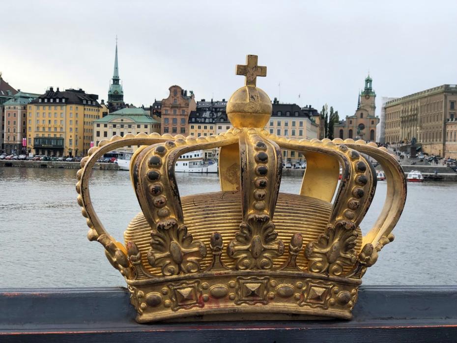 Gilded Crown on Skeppsholmsbron en Estocolmo