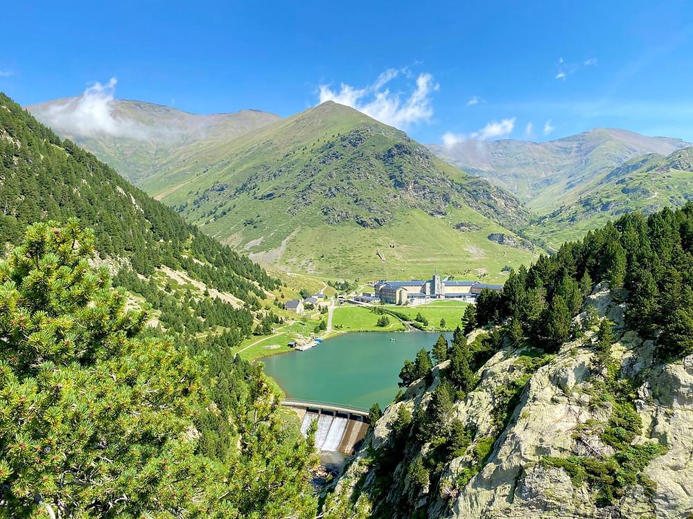 Vall de Nuria, una de las mejores excursiones desde Barcelona