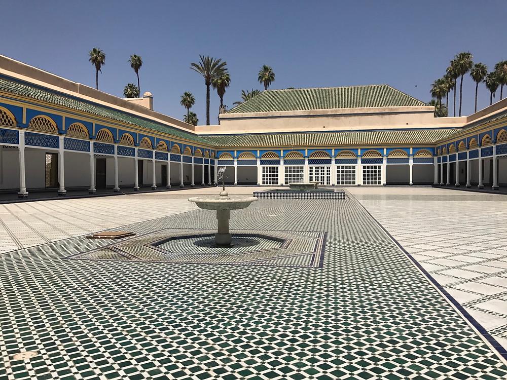 Patio principal del Palacio Bahía