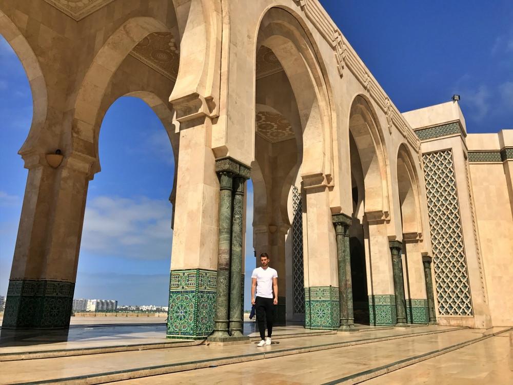 Arquitectura árabe en la Mezquita Hassan II de Casablanca