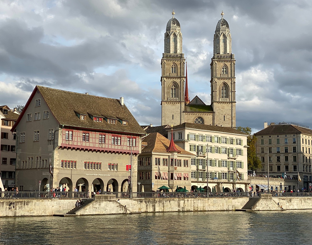 Fachada catedral Zurich