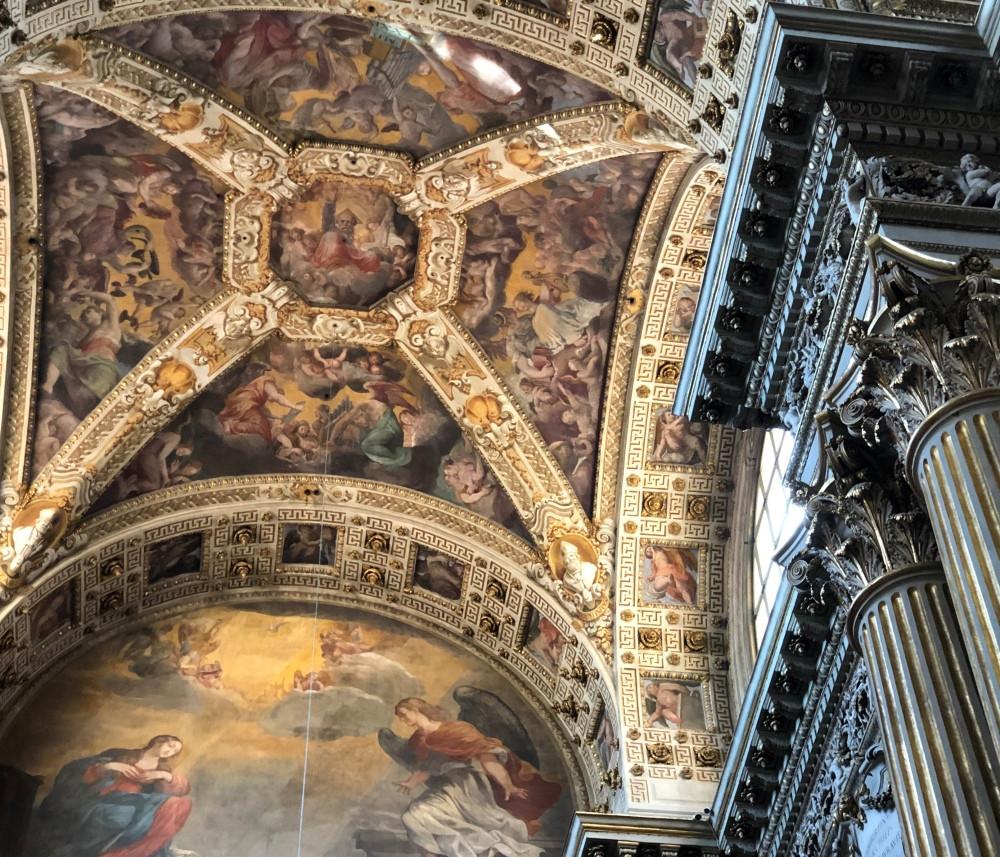 Interior de la catedral de Bolonia