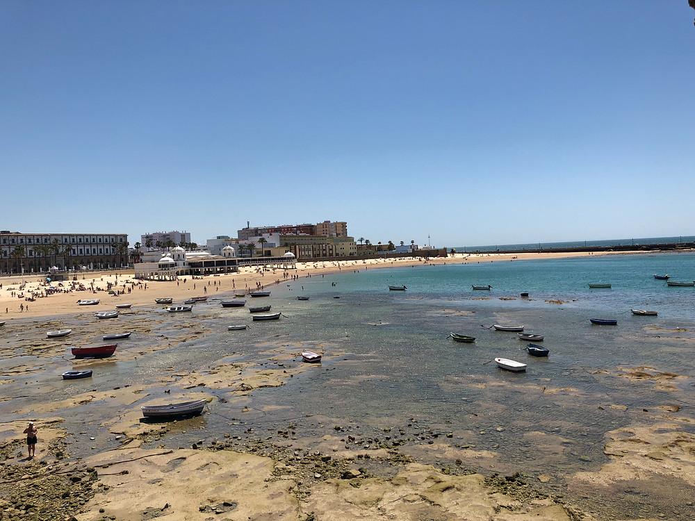 Vista panorámica de la Caleta en Cádiz