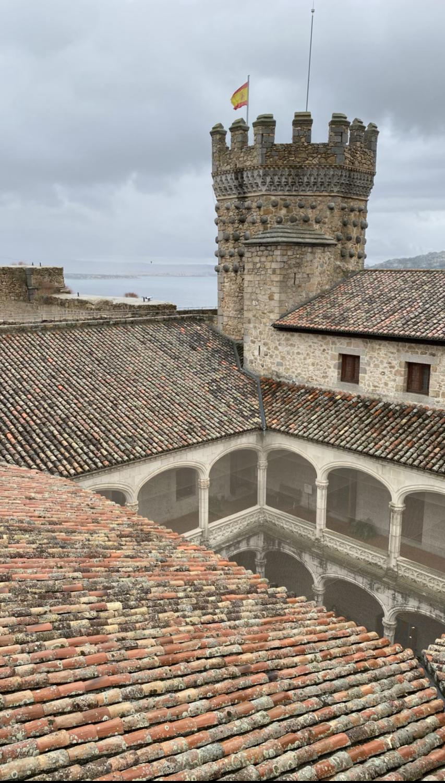 Patio interior del Castillo de Manzanares