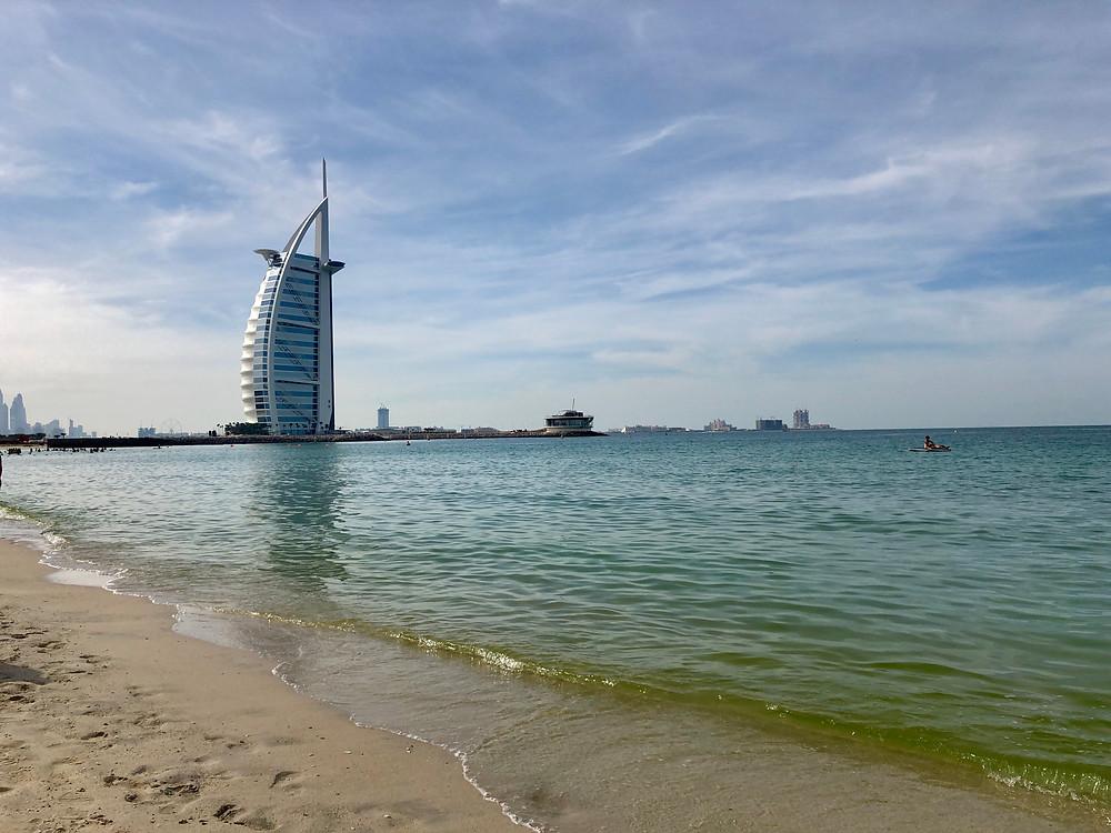 El Burj el Arab fue la inspiración para la construcción del hotel W en Barcelona