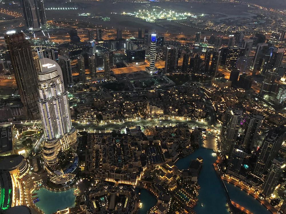 Skyline nocturno de Dubai