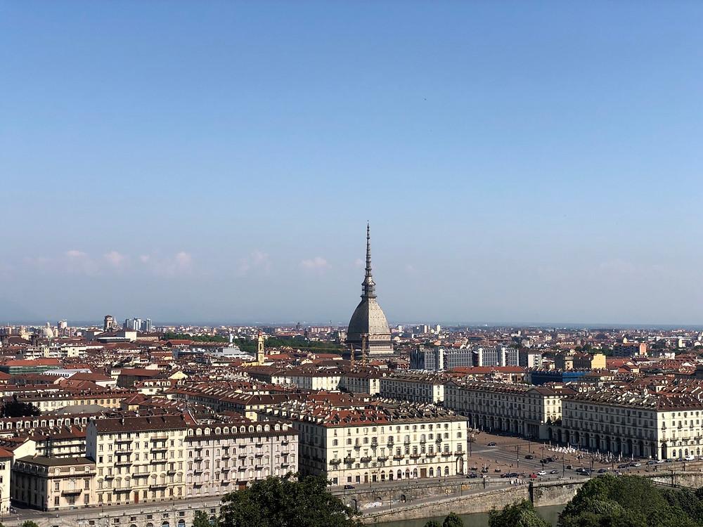 Vistas Turin desde Monte dei Cappuccini