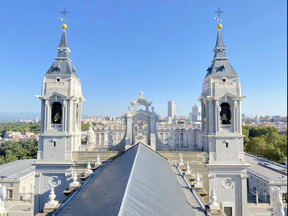 Torres Catedral de la Almudena en Madrid