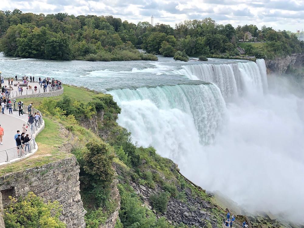 Canadian Falls vs American Falls Niagara