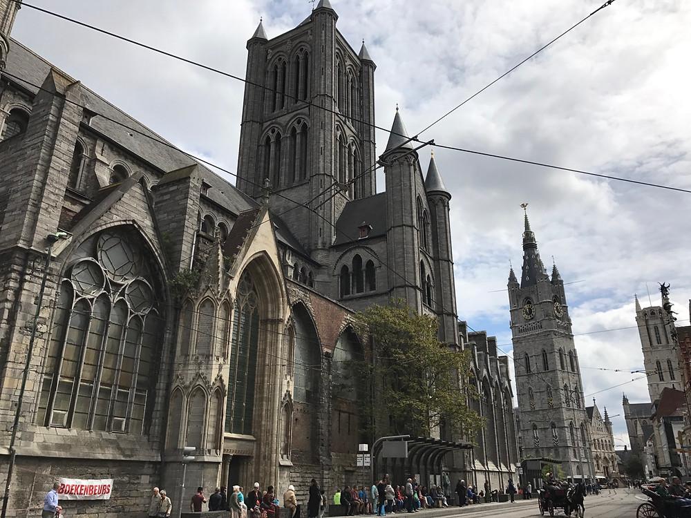 Torre de la iglesia de San Nicolas de Gante